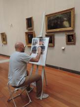 Jorge Gonzales devant Passants d'Honoré Daumier